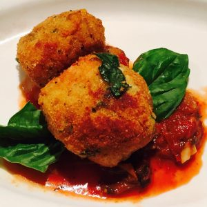 Arancini (Sicilian Rice Balls) with Marinara Sauce